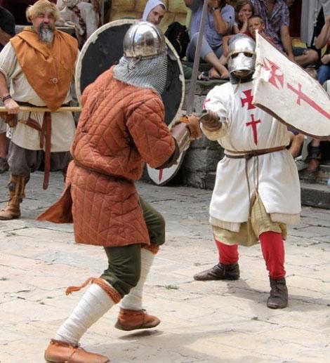 Festes de la Baronia de Pinós i Mercat Medieval a Bagà