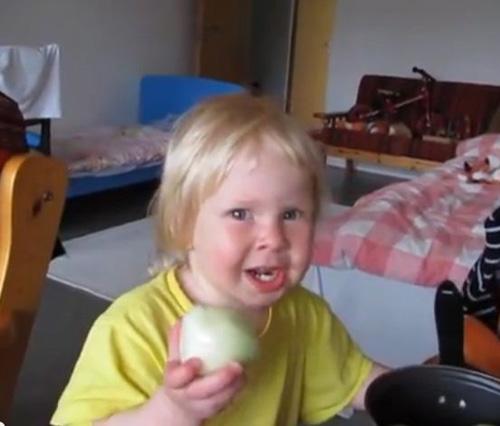 Mamà vull una poma!