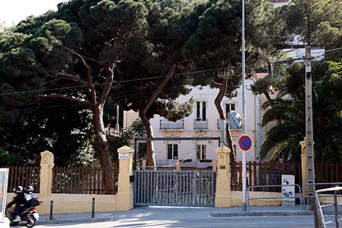 Tres famílies denuncien un monitor d'una escola d'educació especial de Barcelona per abusos sexuals