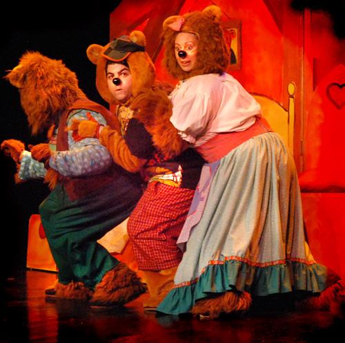 Els guanyadors de les entrades per l'obra 'Rínxols d'or i els tres óssos'