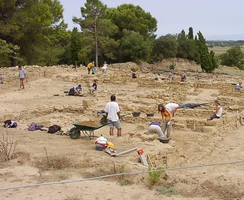 Fes d'arqueòleg a Ullastret